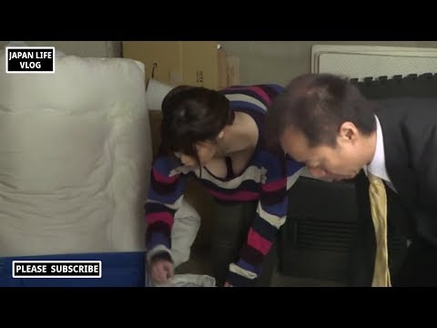 My sister is cleaning her house with her uncle. (JAPAN LIFE VLOG Vida Japonesa) 74
