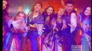 Khaloo Khaloo Music Video