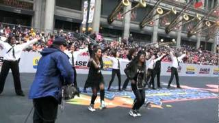EriAm Sisters Performing at McDonald's Thanksgiving Parade in Chicago