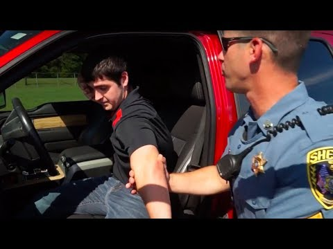 Concealed carrying during a traffic stop - Dos and Don'ts