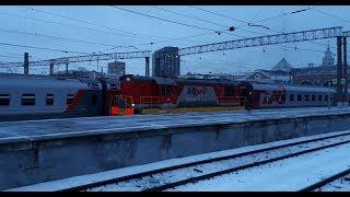 ЧМЭ3 с пассажирским поездом