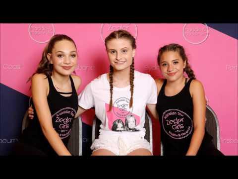 The ziegler girls tour gold coast australia maddie and mackenzie gold coast meet and greet m4hsunfo