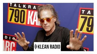 Richard Lewis discusses Addiction & 21 Years in Sobriety