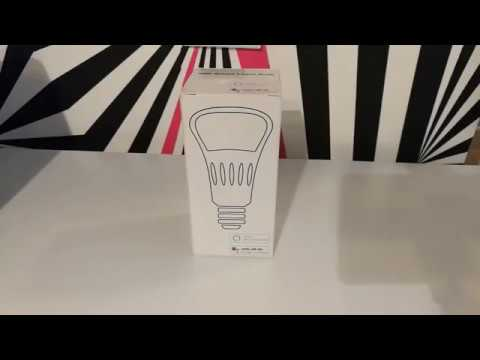 #Unboxing: Bec inteligent LED RGB wifi rotund Red Sun
