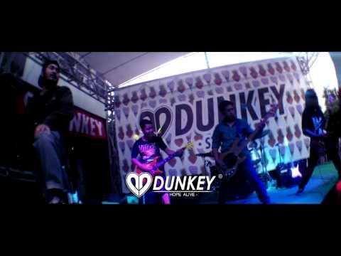 Video Grand opening dunkey store