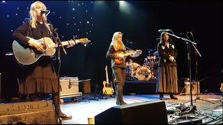 Souvenir (Boygenius) Julien Baker, Phoebe Bridgers & Lucy Dacus   Live SLC Utah 11202018