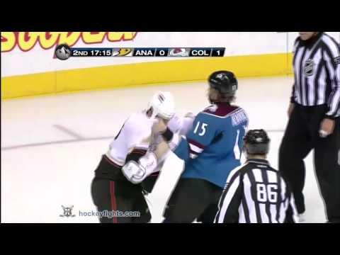 Matt Hendricks vs. Kyle Chipchura