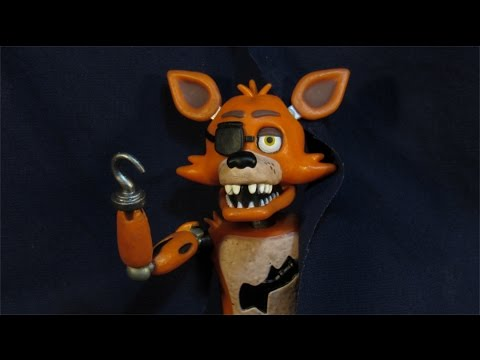 FIVE NIGHTS AT FREDDY'S FOXY ACTION FIGURE - FUNKO FNAF TOY REVIEW