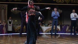 Ольга Бузова станцевала чеченский танец