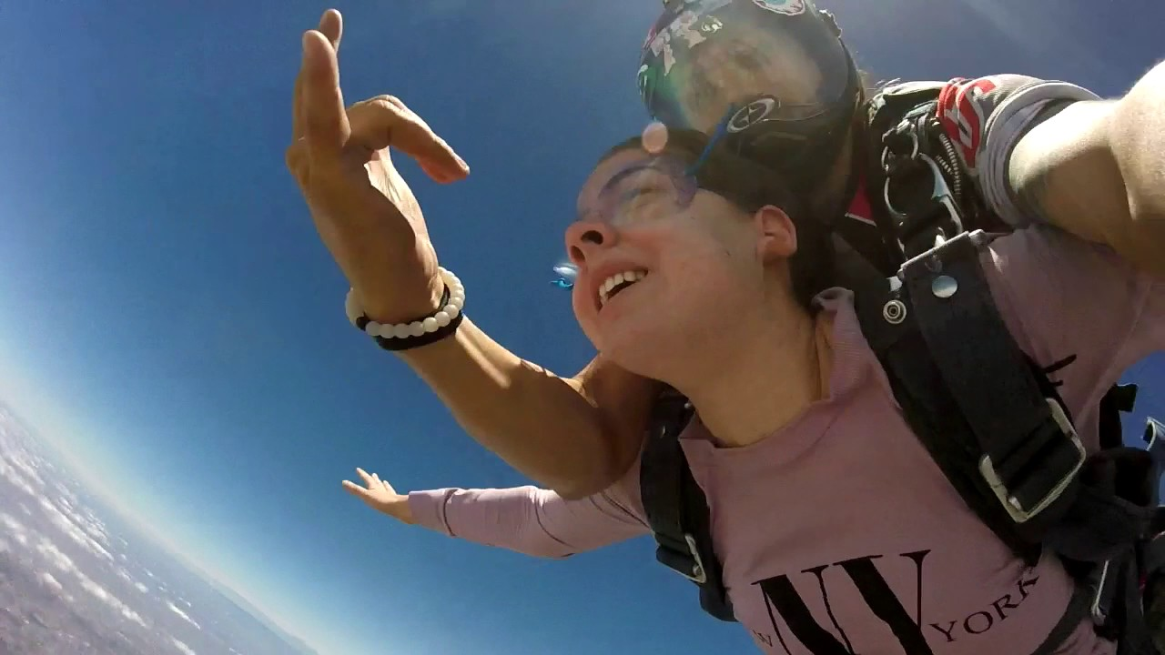 Go skydiving with Skydive San Diego