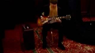 "Billy Gibbons Playing His Gibson ""Pearly Gates"" Les Paul!"