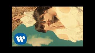 Musik-Video-Miniaturansicht zu Sunshine Songtext von Aura Dione