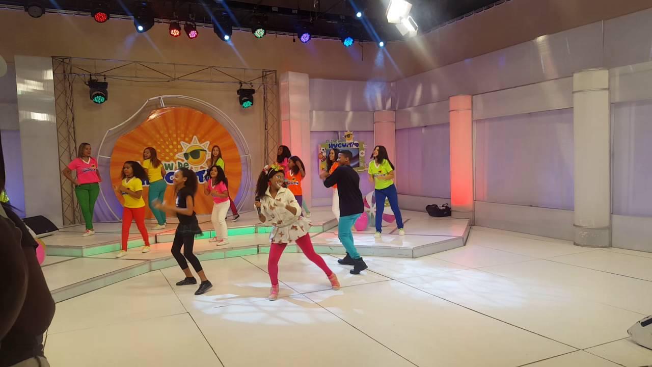 Mimi XZ - Pimpom / en El Show de Huguito (detrás cámaras)
