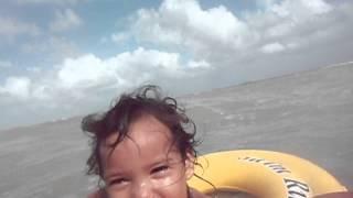 preview picture of video 'Having fun swimming in Corozal Bay, Corozal, Belize'