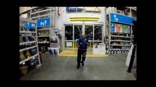Lowe's Store 2211 Closing the store down