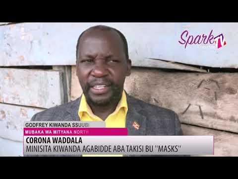 Minisita Kiwanda agabidde abagoba ba taxi obukokolo e Mityana