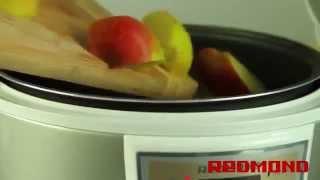 Смотреть онлайн Освежающий напиток из фруктов в мультиварке