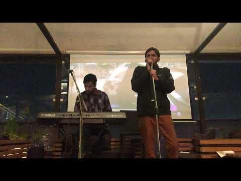 Mere Rashke Qamar live by Sunny Jain