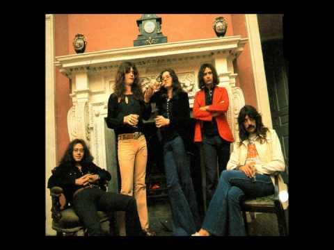 Deep Purple -   Chasing Shadows (with lyrics).