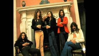 Deep Purple -   Chasing Shadows (with lyrics).