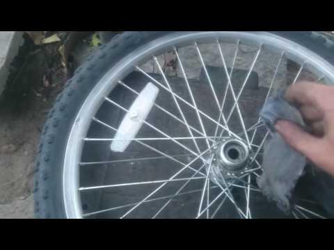 Como cambiar bolilleros o rulemanes de rueda trasera de bicicleta.