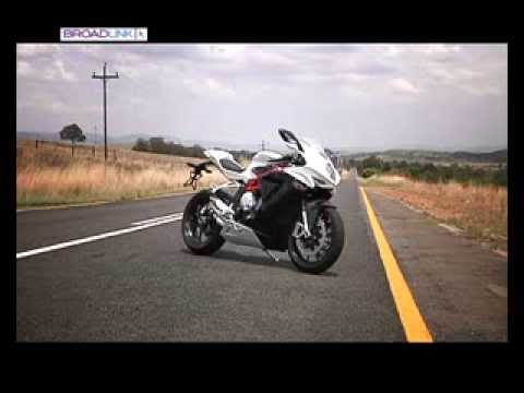 MV Agusta F3 800 Road Test by 2WheelsTV