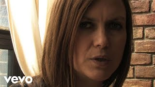 Juliana Hatfield - Teenage Likeable Loner (Interview)
