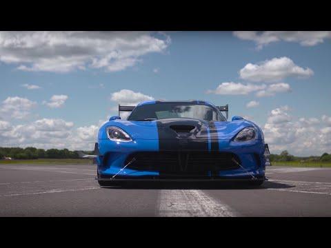 Chris Harris Drives The Dodge Viper 645bhp | Top Gear