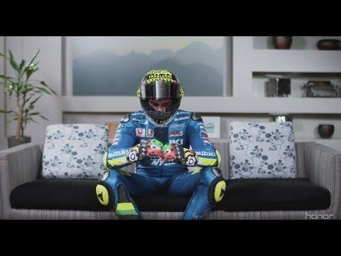 Honor 8 Pro vi porta sulla pista della MotoGp a Misano Adriatico