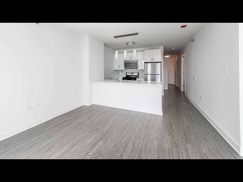 A South Loop studio #3405 at the amenity-rich 1001 South State