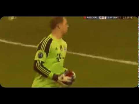 Manuel Neuer fantastic save vs sanogo ~ Arsenal vs FC Bayern München 19/02/2014 HD
