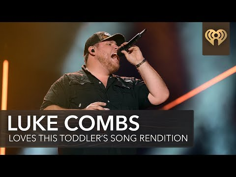 """Luke Combs Has Best Reaction To Toddler Singing """"Beer Never Broke My Heart"""" 