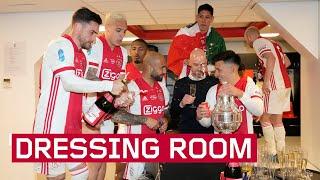 Ajax viert bekerwinst in de kleedkamer   DRESSING ROOM SCENES