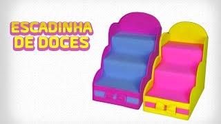 Neste vídeo você aprende passo a passo como fazer uma linda escada para colocar doces nas festinhas!!!!! Ótima opção para decorar a mesa!!!  www.facebook.com/amofestas www.amofestas.com