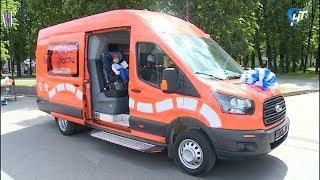 В Великом Новгороде открылся мобильный центр профилактики детского травматизма на дорогах «Лаборатория безопасности»