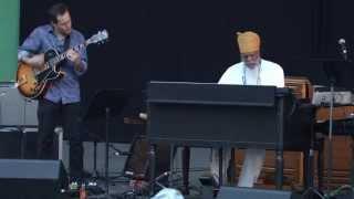 Dr <b>Lonnie Smith</b> Trio  Charlie Parker Jazz Festival 2015
