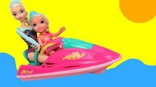 JET SKI ! Elsa & Anna toddlers - Accident - Big Pool - Water Scooter- Kayak - Windsurfing - Slide