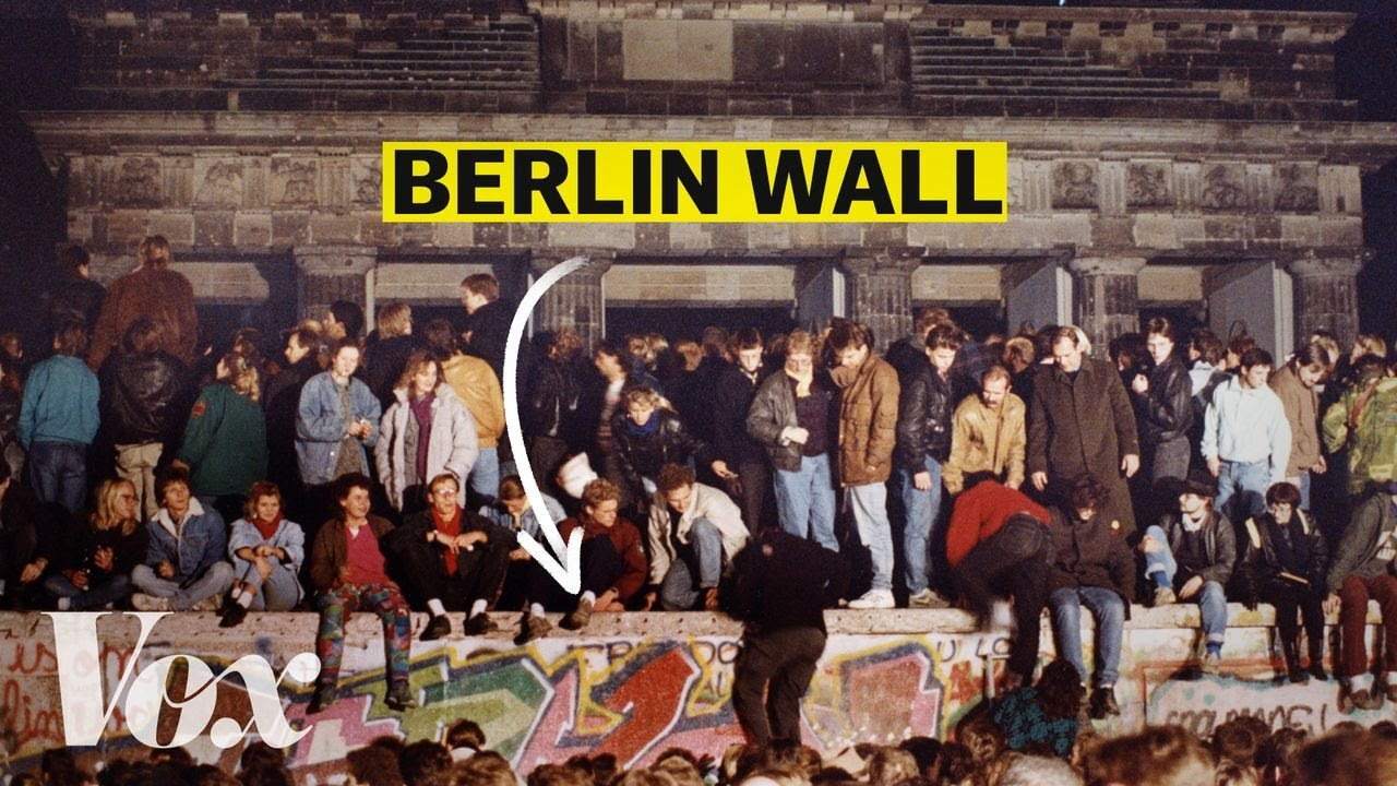 The mistake that toppled the Berlin Wall thumbnail