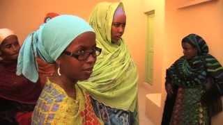 preview picture of video 'Gesucht: Kinderdorf-Mütter für Dschibuti - Teil 4: Wir bauen ein SOS-Kinderdorf'