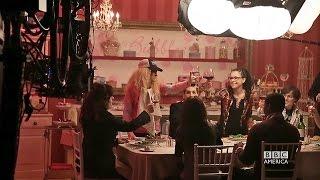 Closer Look - Le dîner des clones (VO)