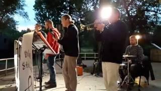 Video Děda Stárek - Do hlavy ne! (What's The Reason)