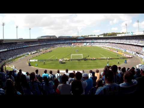 Ronaldinho vuelve a Portoalegre