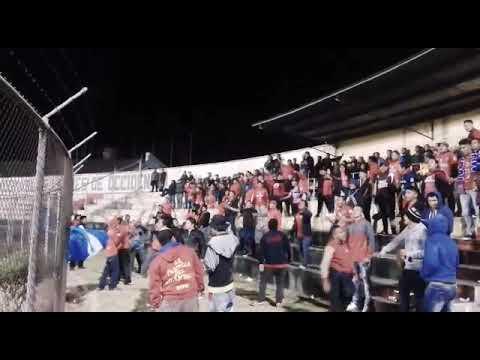 """""""Si quieren ver fiesta, vengan a la norte"""" Barra: La Banda del Rojo • Club: Municipal"""