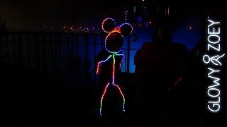 Смотреть онлайн Светящийся костюм для маленького ребенка