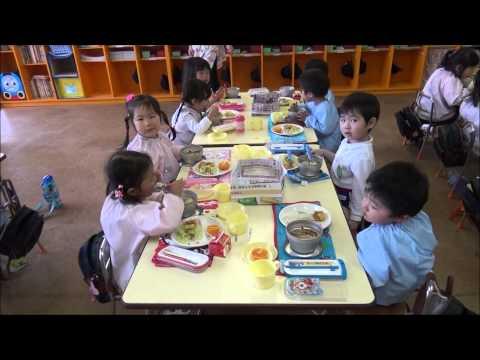ともべ幼稚園「全員給食 初日」