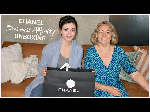 CHANEL BUSINESS AFFINITY HANDBAG UNBOXING WITH MY MOM!
