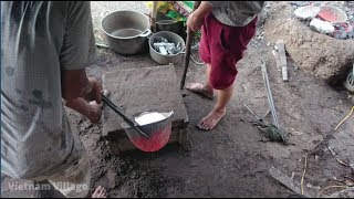 Vietnam Village - Casting An Aluminum Skillet From Start To Finish