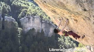 ADAM ONDRA intenta a vista Palestina 9a en Cuenca