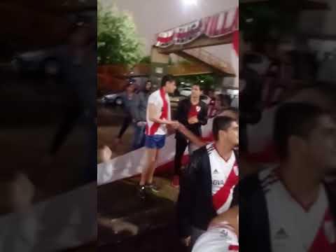 Mirá los festejos de River en Madrid. Videos de la filial Villa Elisa