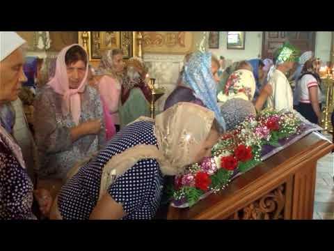 Молитвы в первый день Успенского поста вознесли жители Клинцов
